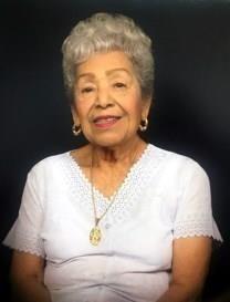 Lupe M. Leon obituary photo
