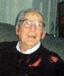 Henry W. Searcy obituary photo