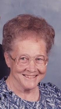 Edna Mae Carey obituary photo