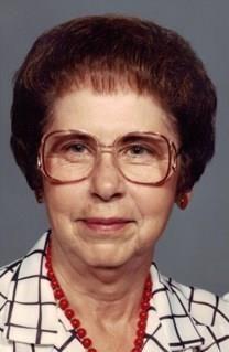 Helen Maurine Graves obituary photo