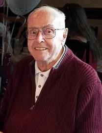Richard E. VanDeusen obituary photo