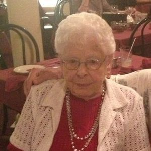 Dorothy Odette Obituary Photo
