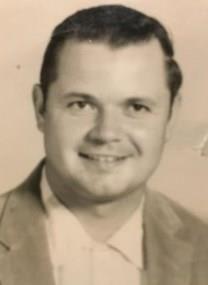 Robert L. Sengpiel obituary photo
