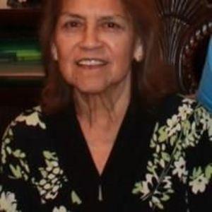 Lucina Campos