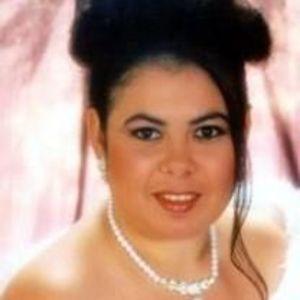 Carmen Farias
