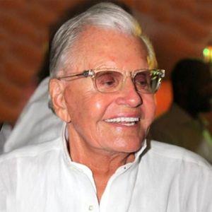 Archie A. Van Elslander Obituary Photo