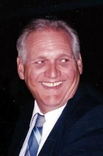 Robert W. Harris obituary photo
