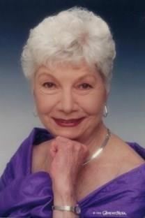 Julia Kuhnhenn Thompson obituary photo