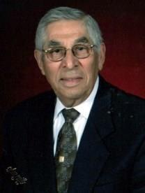 Jesus M. Reyna obituary photo
