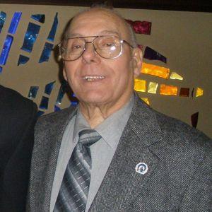 Louis E Valenti