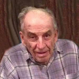 Robert J. Knoblach Obituary Photo