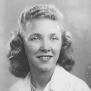 Dorothy McKenzie Obituary Photo
