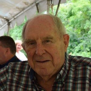 Mr. Robert J. Holden, Jr. Obituary Photo