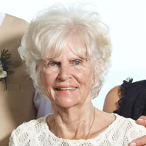 Wilma DeLeeuw Obituary Photo
