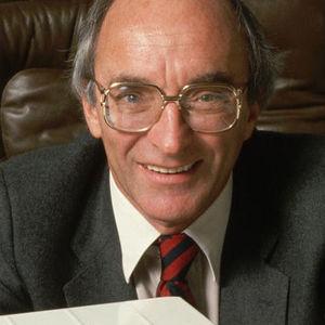 Charles Lazarus Obituary Photo