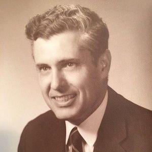 """William J. """"Bill"""" Holloway"""
