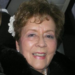 Maria  Luisa Lee