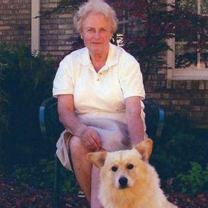 """Edith """"ILONA"""" Poteat Obituary Photo"""