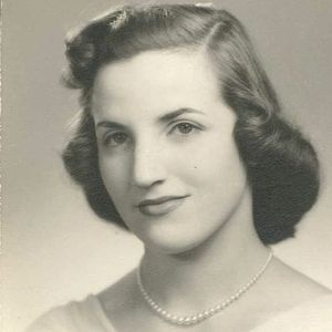 Catalina M. Teitelbaum Obituary Photo