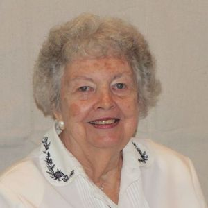 Lillian Wyngaarden Van Slot Obituary Photo