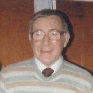Robert E Carnohan