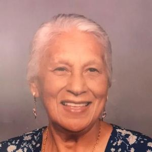 V. Isabel Hernandez  Aguja, Hrmna Chavelita Obituary Photo