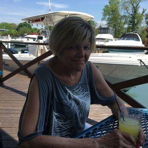 """Laura """"Tobi"""" Collino-Pomaville Obituary Photo"""