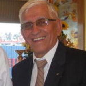 Mr. Gustavo Leonidas  Perez