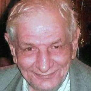 Vardan  M. Apoian Obituary Photo