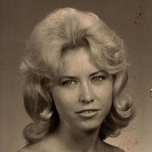 Diane Elizabeth Holley