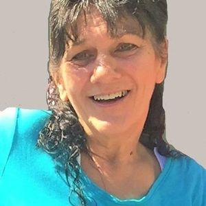 Betty Chezem Leonhardt Obituary Photo