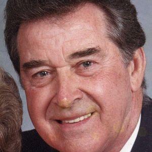 Max G. Alexander Obituary Photo