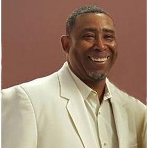 Hinton (June) Robertson, Jr. Obituary Photo