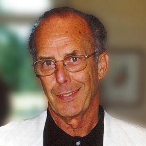 Robert  L. Lorenz  Obituary Photo