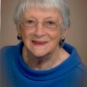 Mrs.  Lucy Woodbery Crowell Obituary Photo