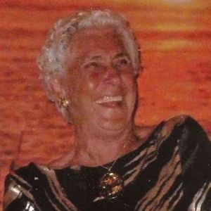 "Evelyn ""Mom"" Hensley Obituary Photo"