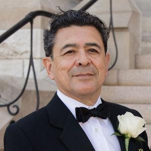 Luis  DeLeon Giron