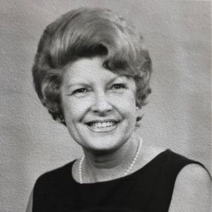Winifred Savidge Obituary Photo