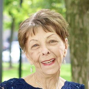 Joyce  McVeity  Obituary Photo