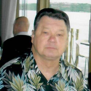 Vic  Dean