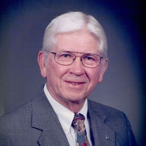 """Harry """"Gene"""" Washburn Sr. Obituary Photo"""