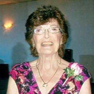 Mrs. Sallie Louise Foster Obituary Photo