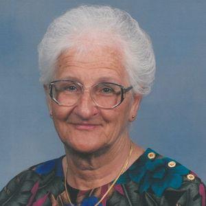 Helen  (Laterowicz)  Putur Obituary Photo