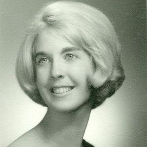 Sally (Lynne)  Slater Lucas