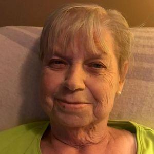 Linda Pikaart Obituary Photo