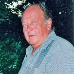 Roger  Lee White