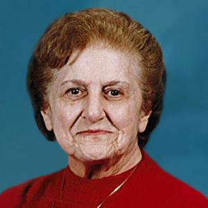 Marian Theresa McKenzie Obituary Photo