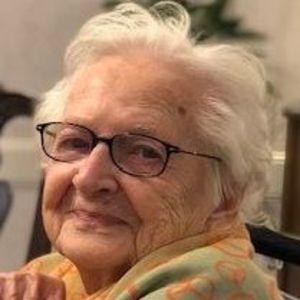 Leona T. (Mahoney) Benoit Obituary Photo