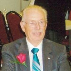 "Edward ""Ed"" Buss Obituary Photo"