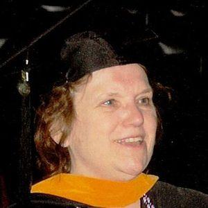 Dr Catherine R. Akker